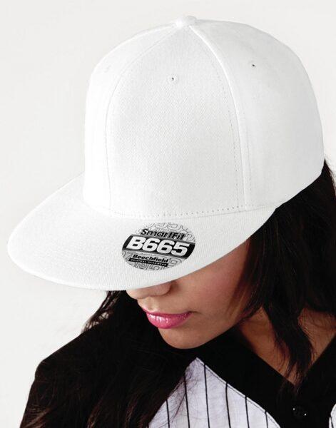 Cepure ar taisnu nagu B665